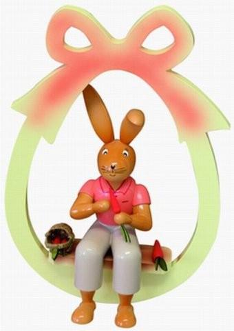 Osterhase im Ei sitzend zum Hängen - 30 cm